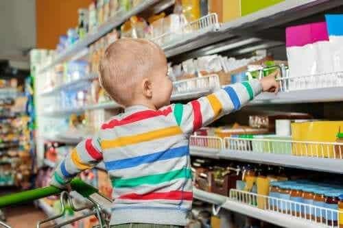 Estamos promovendo a criação de crianças consumistas?