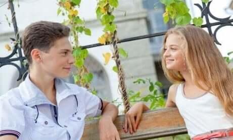 Amor e amizade entre adolescentes