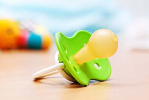 Uso da chupeta: benefícios e algumas dúvidas
