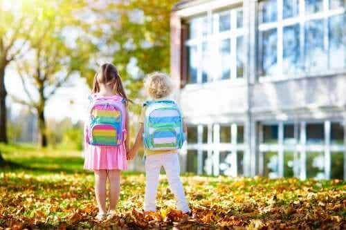 Como mudar de escola afeta as crianças?