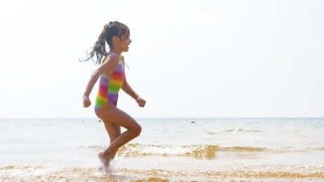 As mudanças nas rotinas das crianças com a chegada do verão
