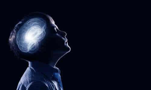 A poda sináptica na infância e na adolescência