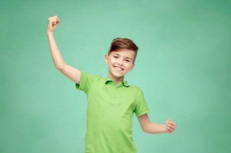 Filho feliz, filho que aprendeu a importância das virtudes pessoais