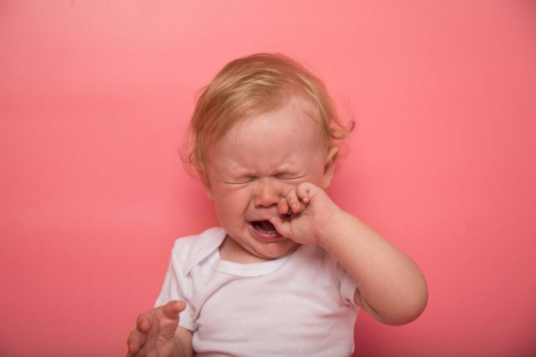 Sintomas: quando os dentes do bebê estão nascendo