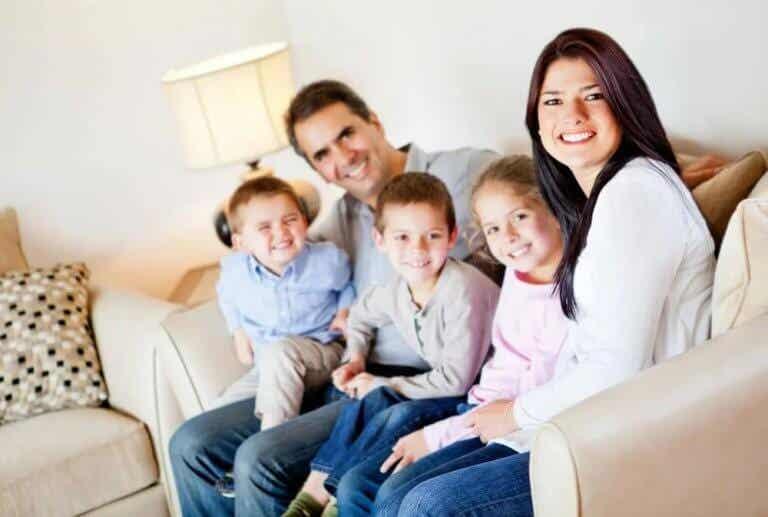 10 práticas que fortalecem o vínculo entre pais e filhos durante a quarentena