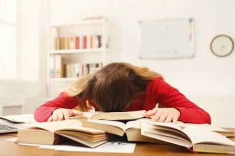 Crise vocacional em estudantes adolescentes