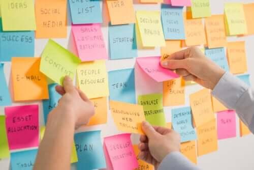 Brainstorming para realizar trabalhos em grupo