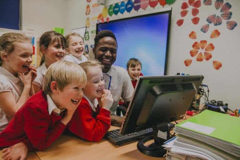 A importância de usar o humor na sala de aula