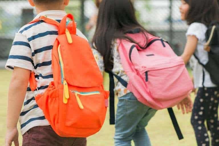 Como preparar a mochila escolar?