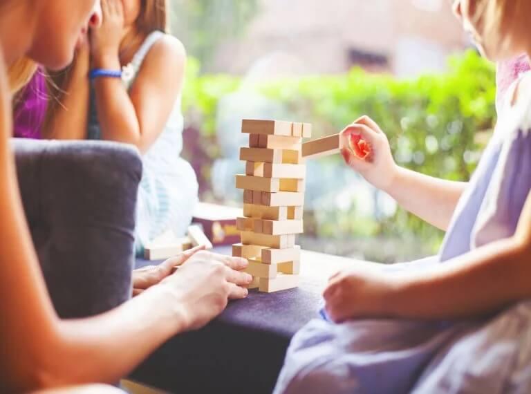 Jogos em casa: tempo de qualidade em família durante a quarentena