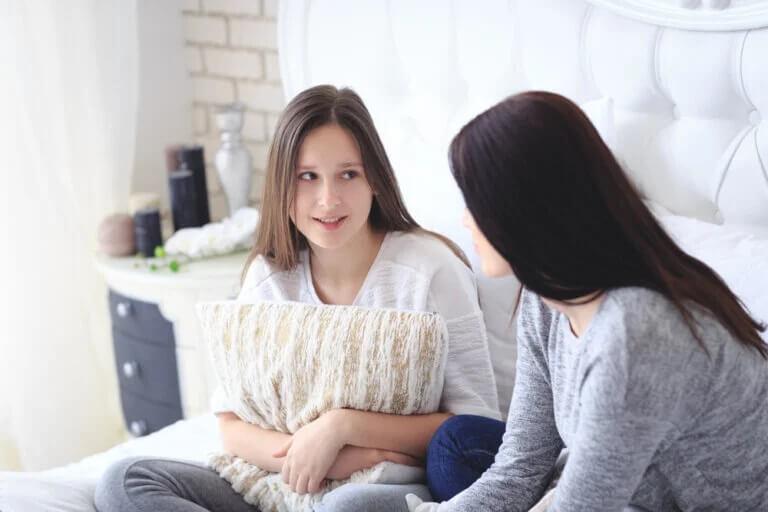 Evitar conflitos com os adolescentes durante a quarentena: conversas