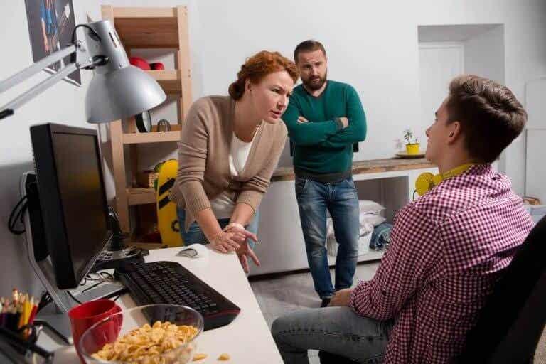 Como intervir em conflitos com os adolescentes durante a quarentena