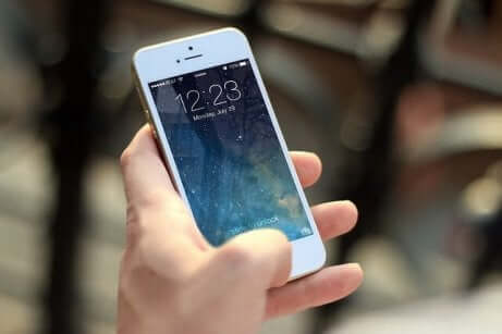 celular deve ser usado na escola