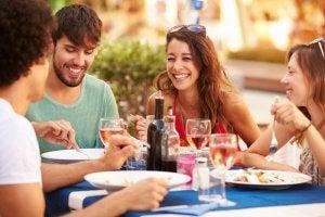 Pais de primeira viagem: como cuidar da sua vida social