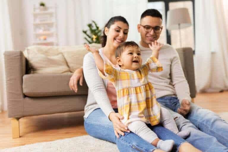 Visitar alguém com o seu bebê sem se estressar demais