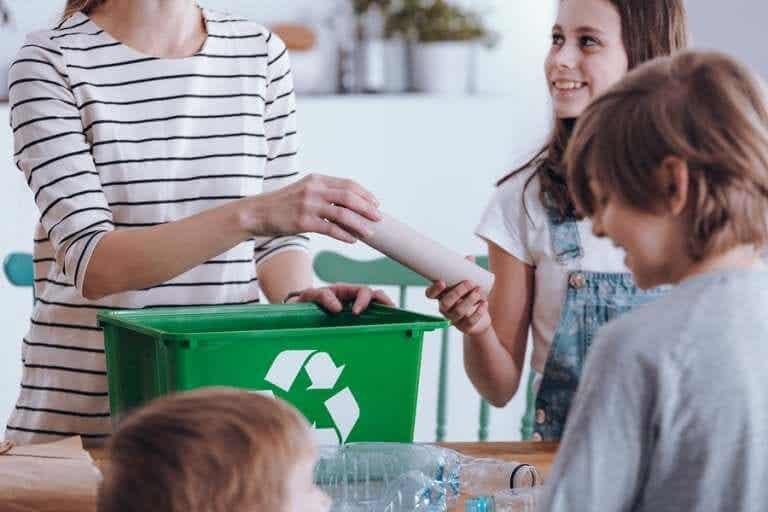 Aprendendo a reciclar em família