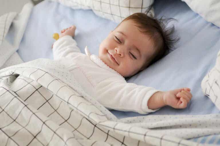 Entenda e supere a regressão do sono do seu bebê