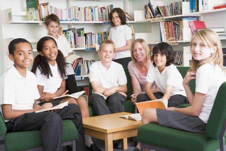Uniforme escolar: todos devem se vestir da mesma forma?