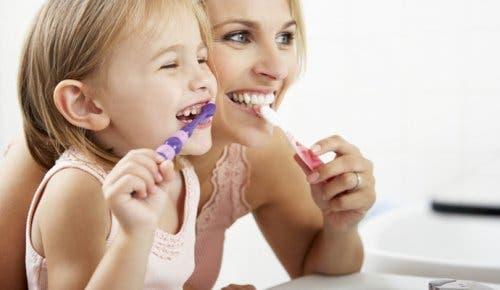 os dentes mudam de cor