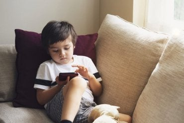 Como deixar seu celular à prova de crianças