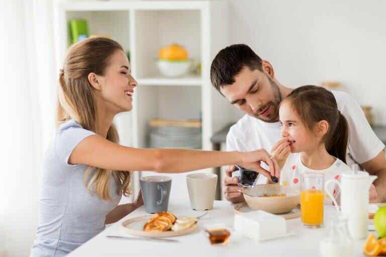 6 ideias de cafés da manhã nutritivos para toda a família