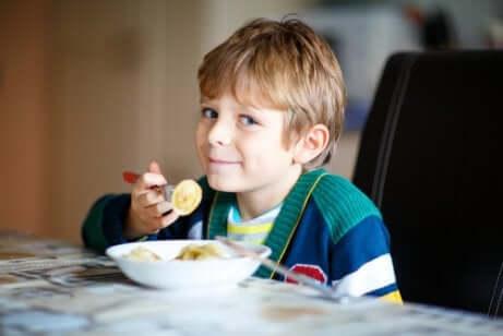 ideias de cafés da manhã nutritivos para toda a família