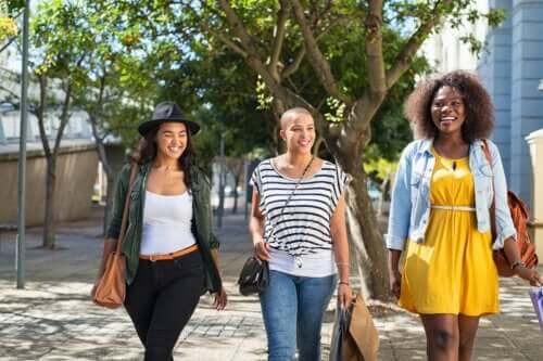 5 tipos de amiga que toda mãe precisa ter