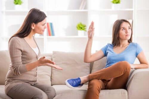 Comunique-se com o seu filho adolescente com três palavras mágicas