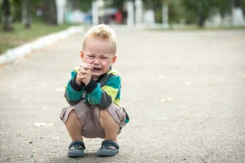 ajudar crianças sensíveis que se irritam por qualquer coisa