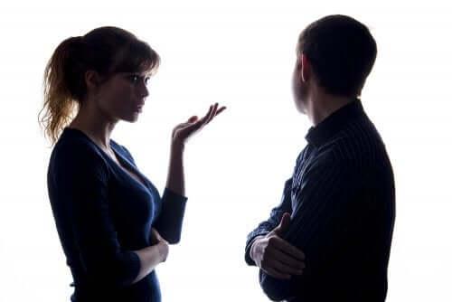 resolver os problemas de comunicação dos pais