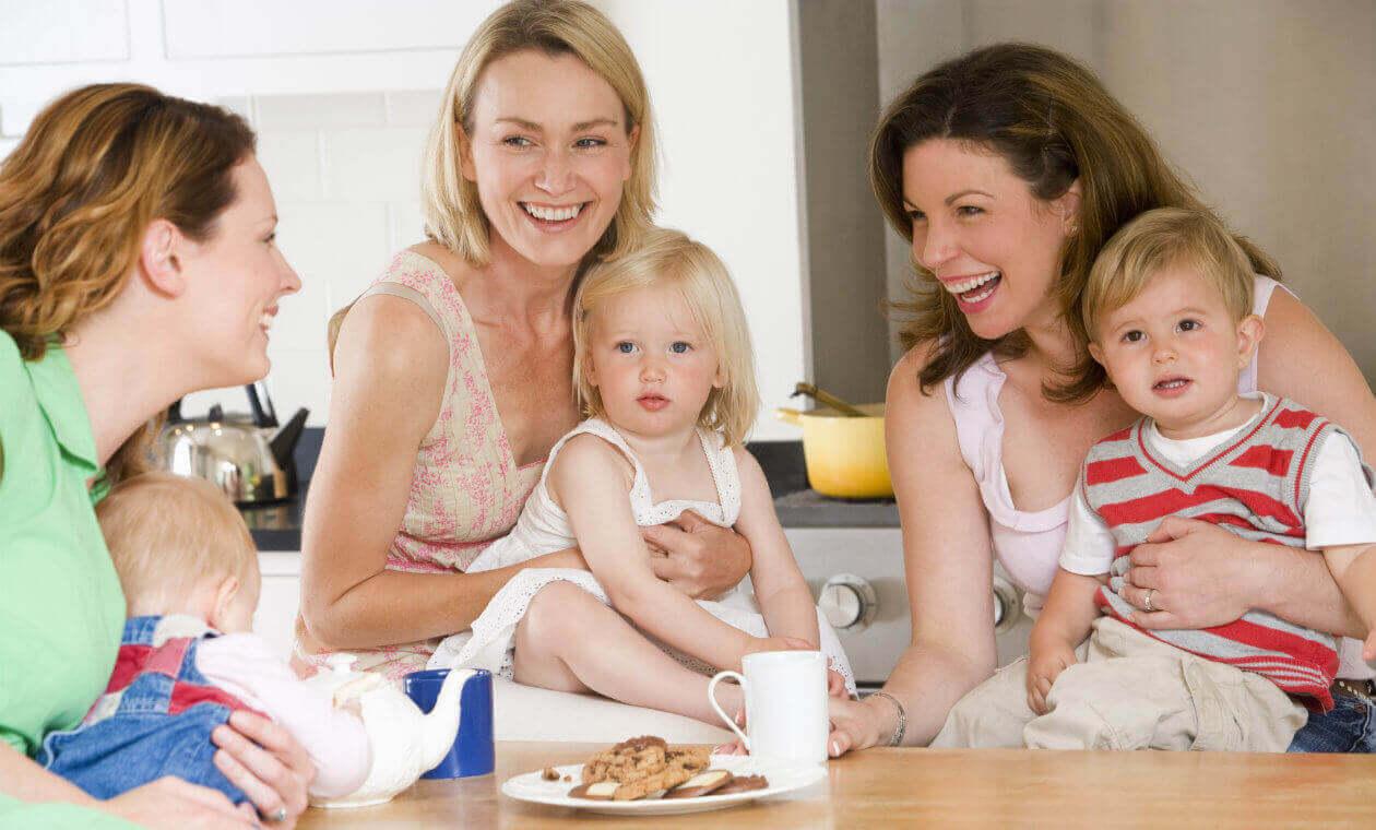 Estar em um grupo de apoio pode salvar a sua maternidade