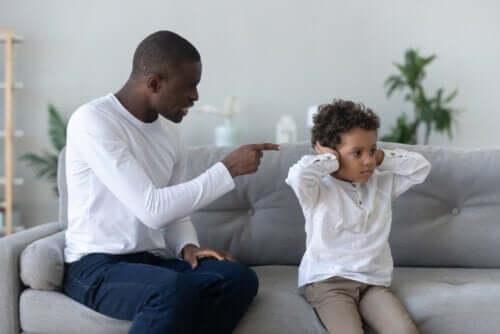 alternativas para evitar gritar com o seu filho