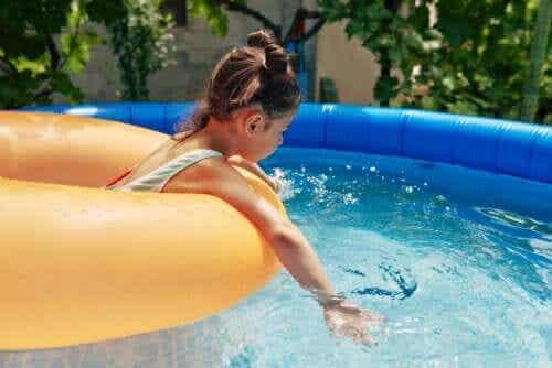 4 perigos das piscinas infláveis no verão