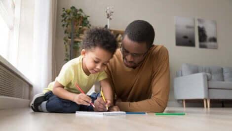 jogos em família usando apenas papel e caneta
