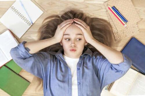 Como ajudar um adolescente com dificuldades de aprendizagem