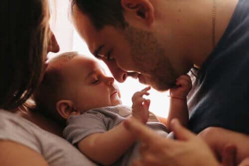 5 coisas que você pode fazer para se conectar com seu bebê