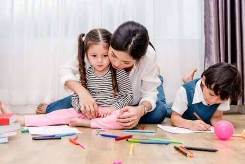 Como analisar os desenhos das crianças de acordo com as cores usadas