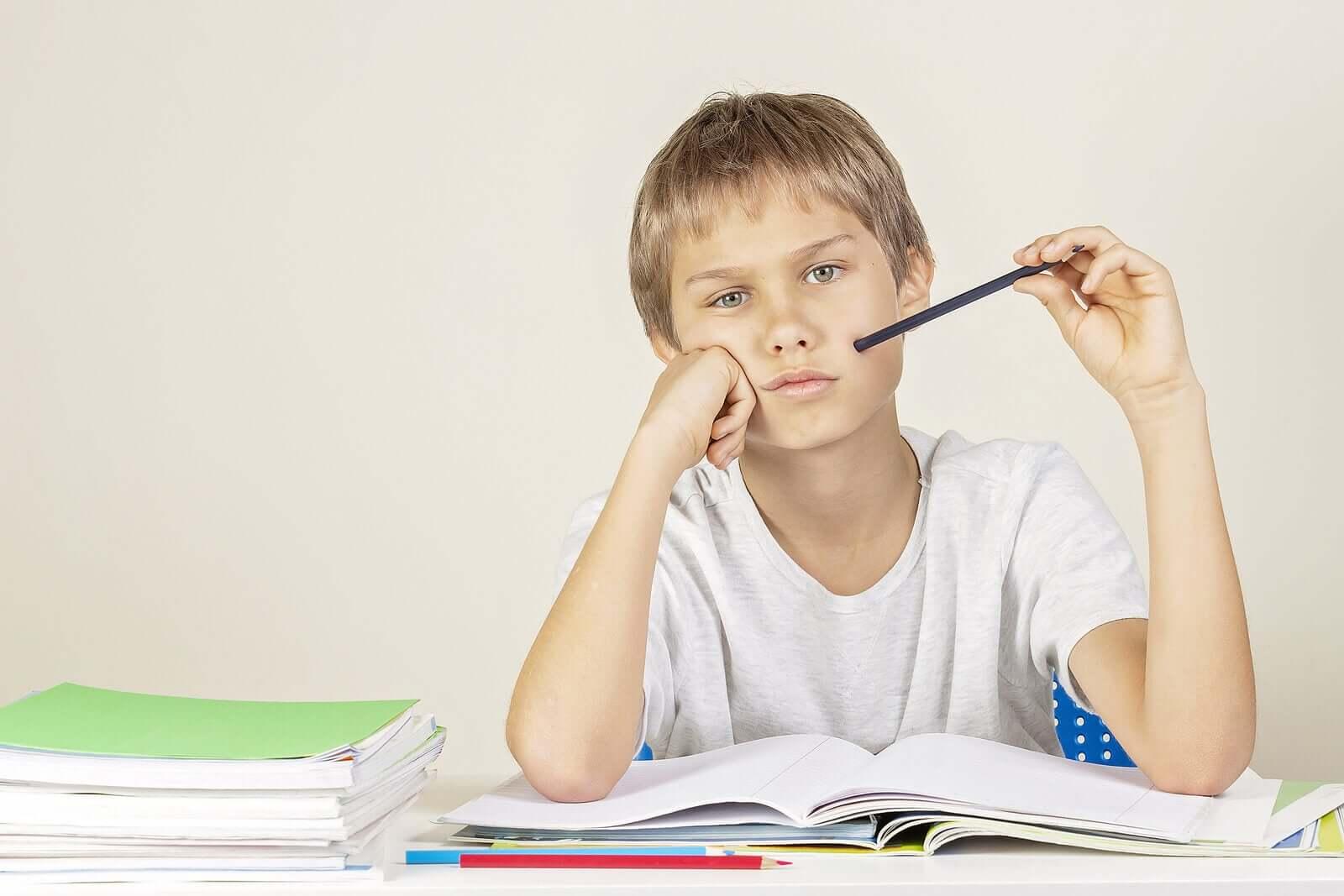 meu filho tira notas baixas