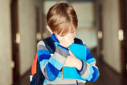 Como agir diante do trote na escola