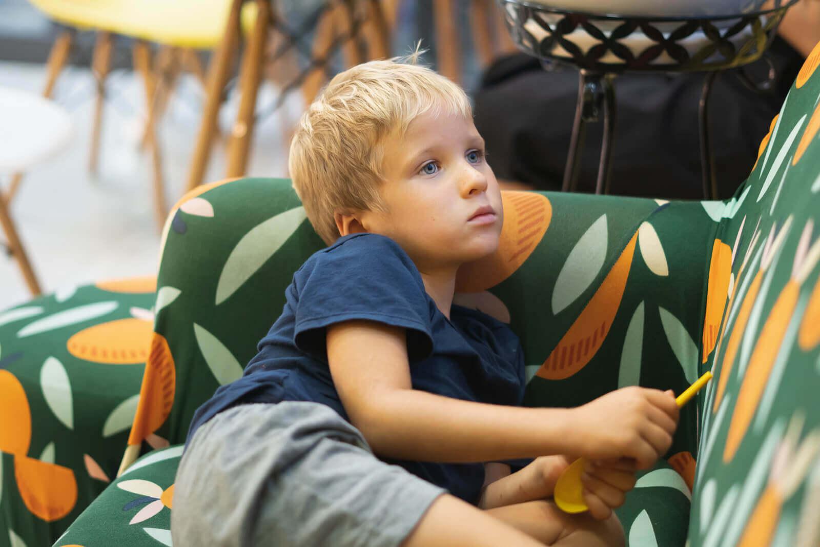 maus comportamentos das crianças que não devemos permitir