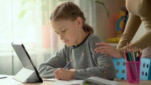 6 táticas para incentivar as crianças a estudar em casa