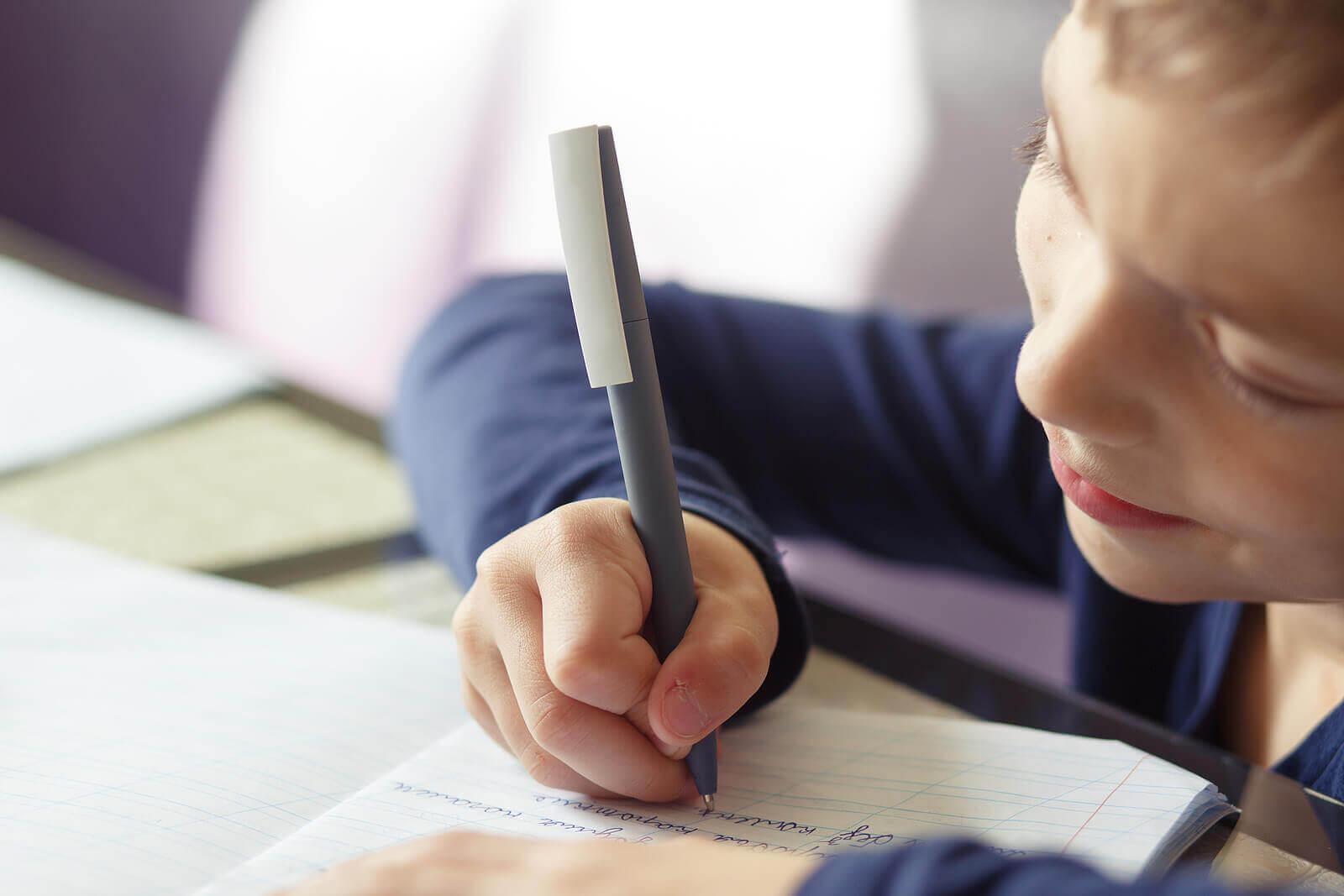 escrever à mão