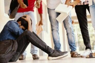 O que um professor deve fazer diante do bullying?