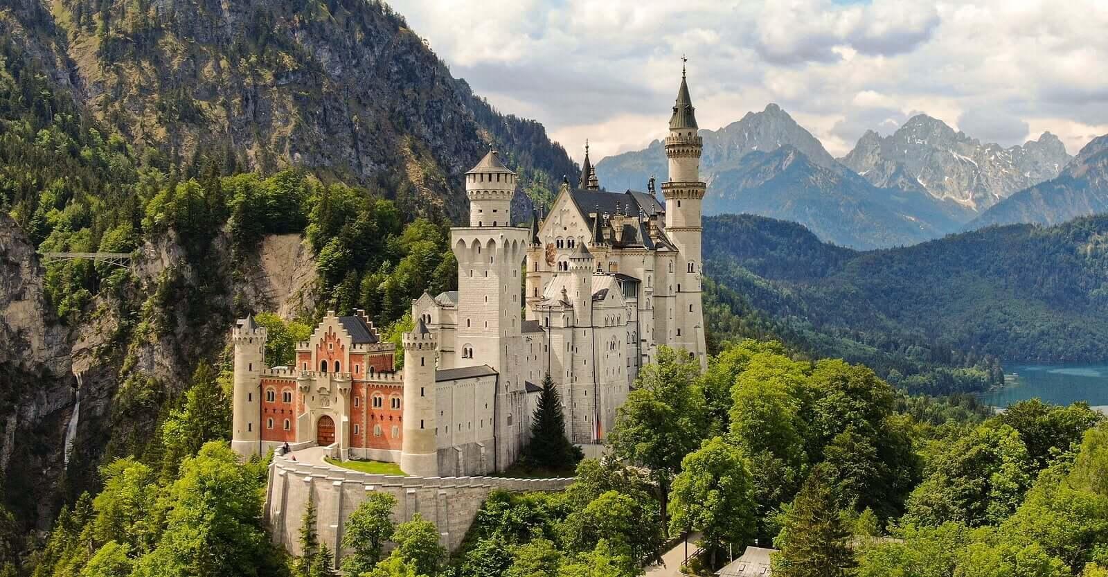 castelos de contos de fadas para visitar com os seus filhos