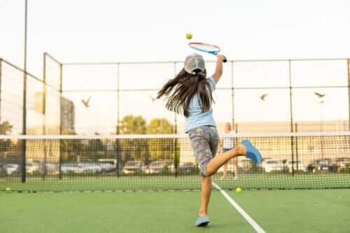 A especialização das crianças em um esporte específico é positiva?