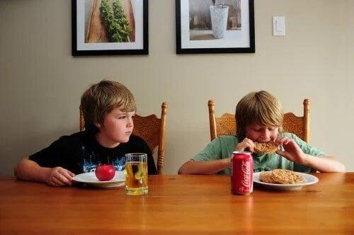 Ciúme em crianças: diferença de tratamento.