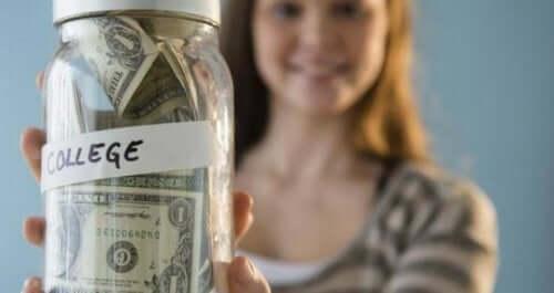 Como e quando começar a economizar para a faculdade dos filhos?