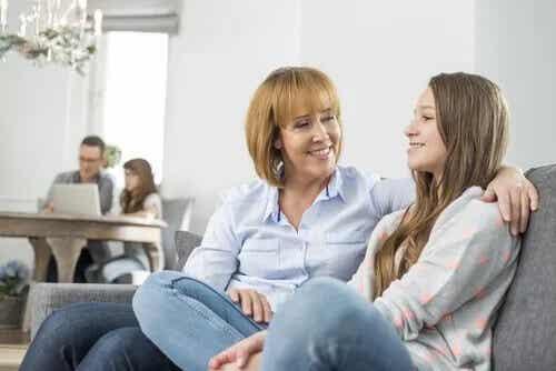 Converse com seus filhos sobre sexo e afeto
