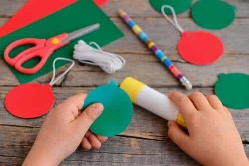 Artesanatos natalinos para as crianças