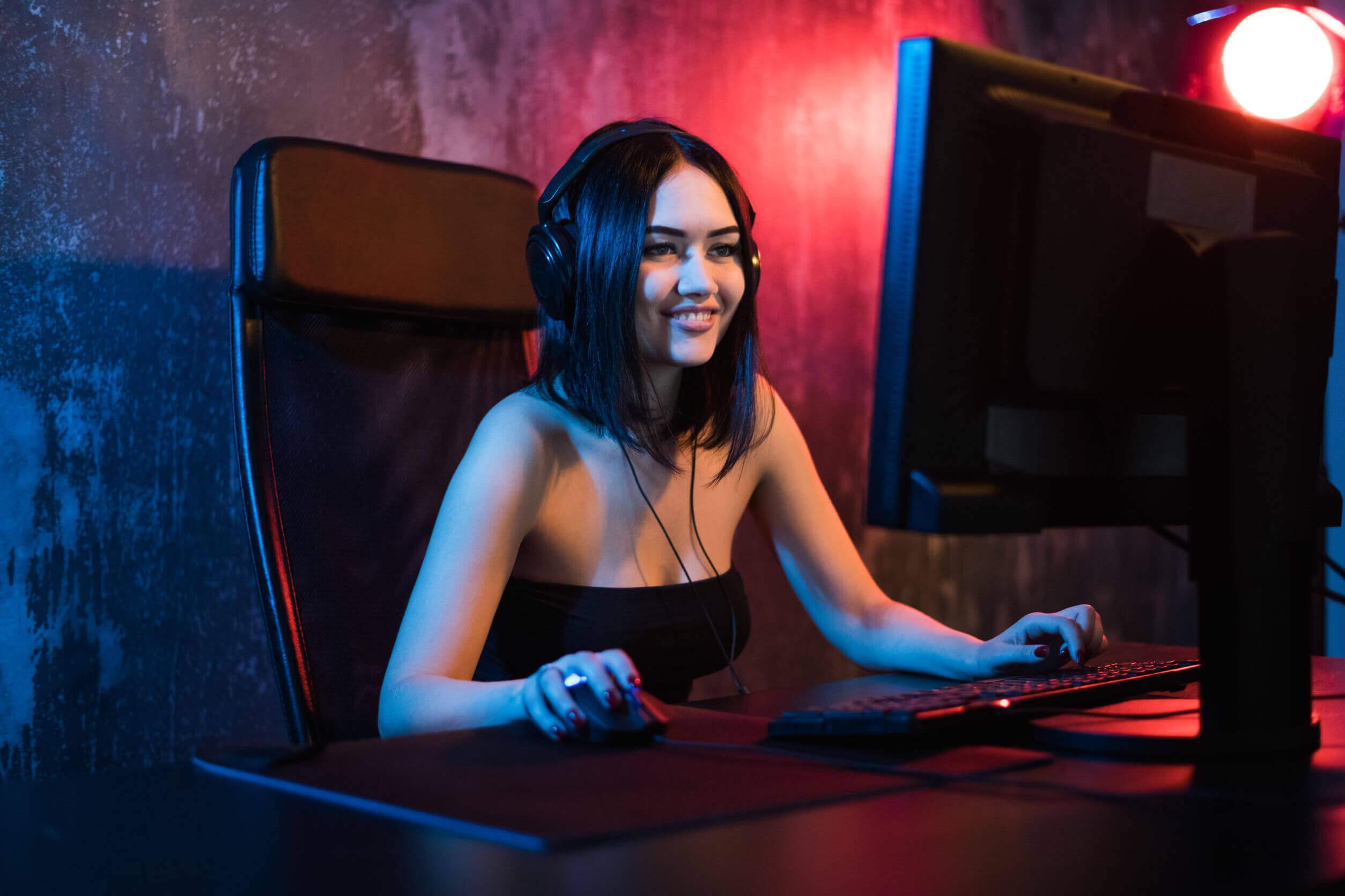 Gamer fazendo um live na Twitch.